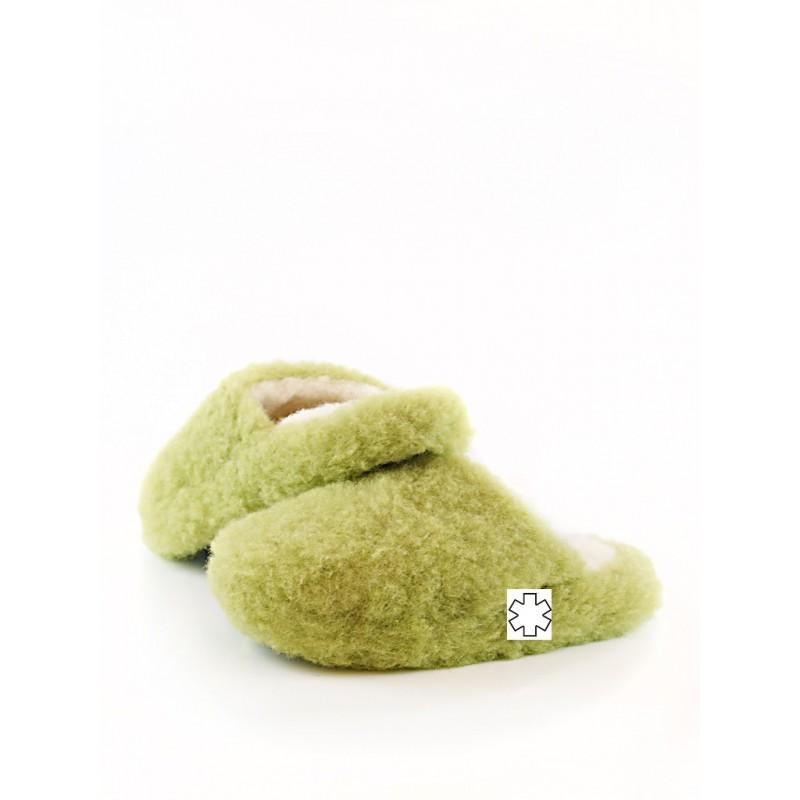 Pantofle z ovčí vlny 36-46 hráškově zelené www.vyrobkyzovcivlny.cz